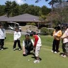 ジューノ教室 当クラブではジュニアの育成活動にも力を入れています。ゴルフに興味のあるジュニアの皆さん、一度見学に来ませんか。