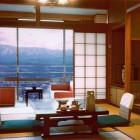 客室からも南アルプスや飯田市街を御覧になれ、夜景もお楽しみいただけます。