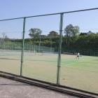 テニスコート3面