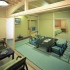 【特別貴賓室】和風建築の粋を極めた数寄屋造りの風雅なお部屋。茶室・ベッドルーム・桧展望風呂付。日常の多忙を忘れる寛ぎの空間。