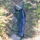 暮白の滝夕暮れになると、ほの白く見えることから『暮白の滝』とよばれるようになりました。