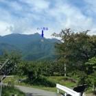県道15号線から見た小八郎岳。これからあの山に登るぞ~!!